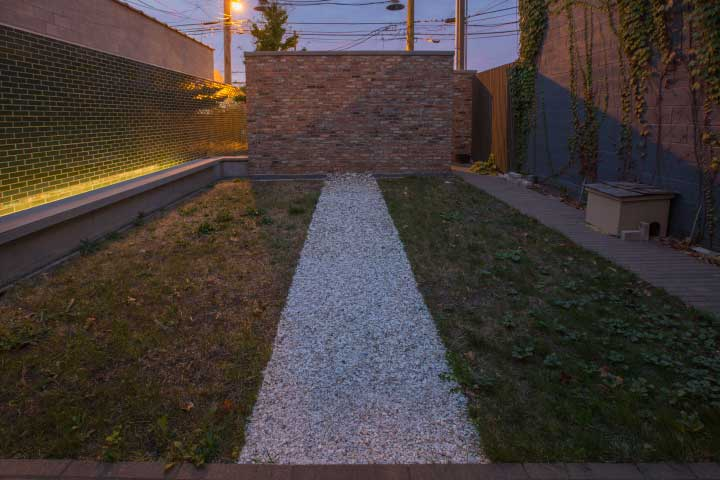 "Rebecca Beachy, ""gravel path,"" 2017. Amish horse cremains from Chesterhill, Ohio,Installation view, Sector 2337, Chicago, 2017. Photo by Clare Britt."